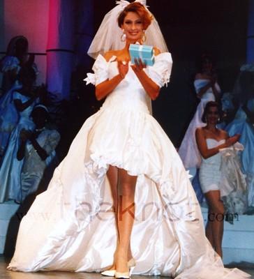 свадебные платья с длинным шлейфом.